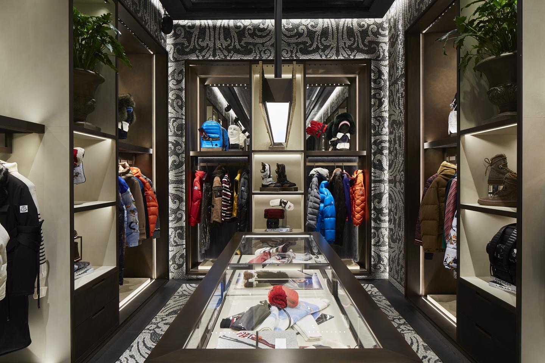 negozio moncler milano