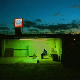 A Spazio Maiocchi la mostra di Dozie Kanu in collaborazione con Rimowa