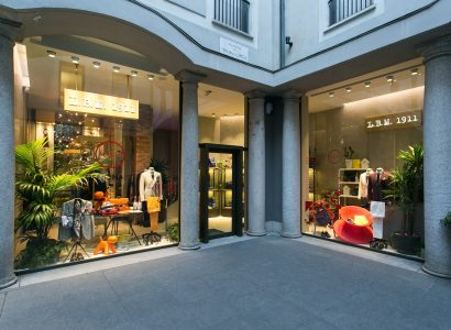 Design Week: L.B.M.1911 ospita MAGIS nella boutique di Via della Spiga